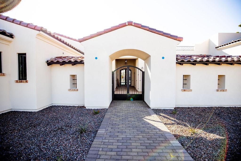 Santa Barbara Style Home II - Entry